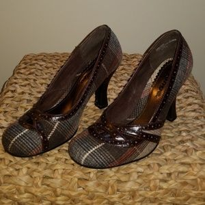 EUC Bongo fall plaid heels